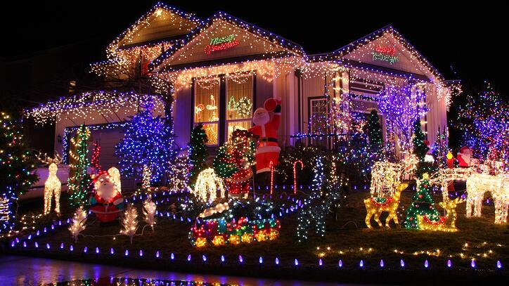 holiday-lighting-costs