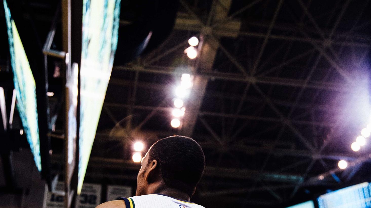 support image of basketball stadium lights