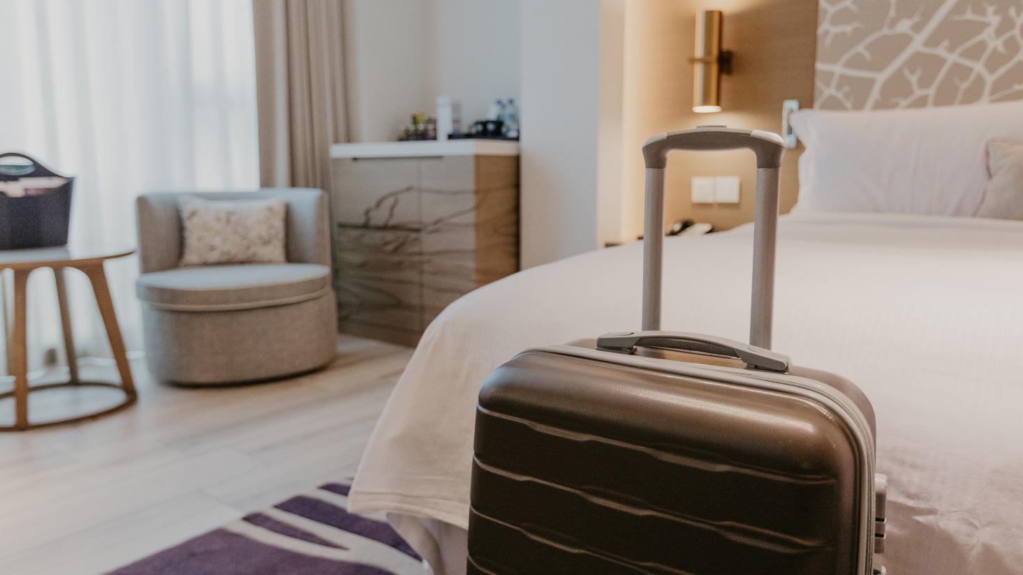 hotel-lighting-energy-savings