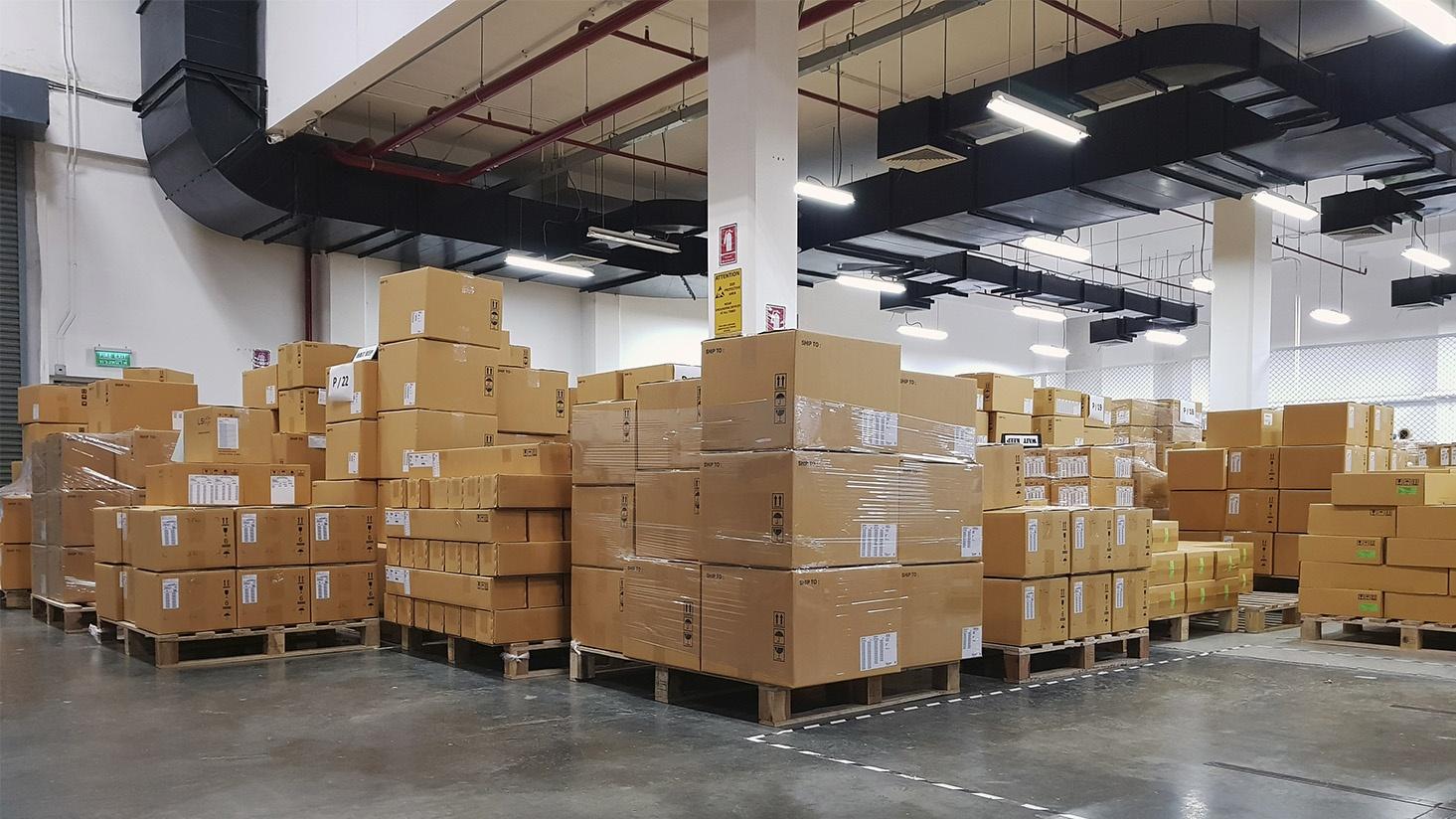 warehouse-lighting