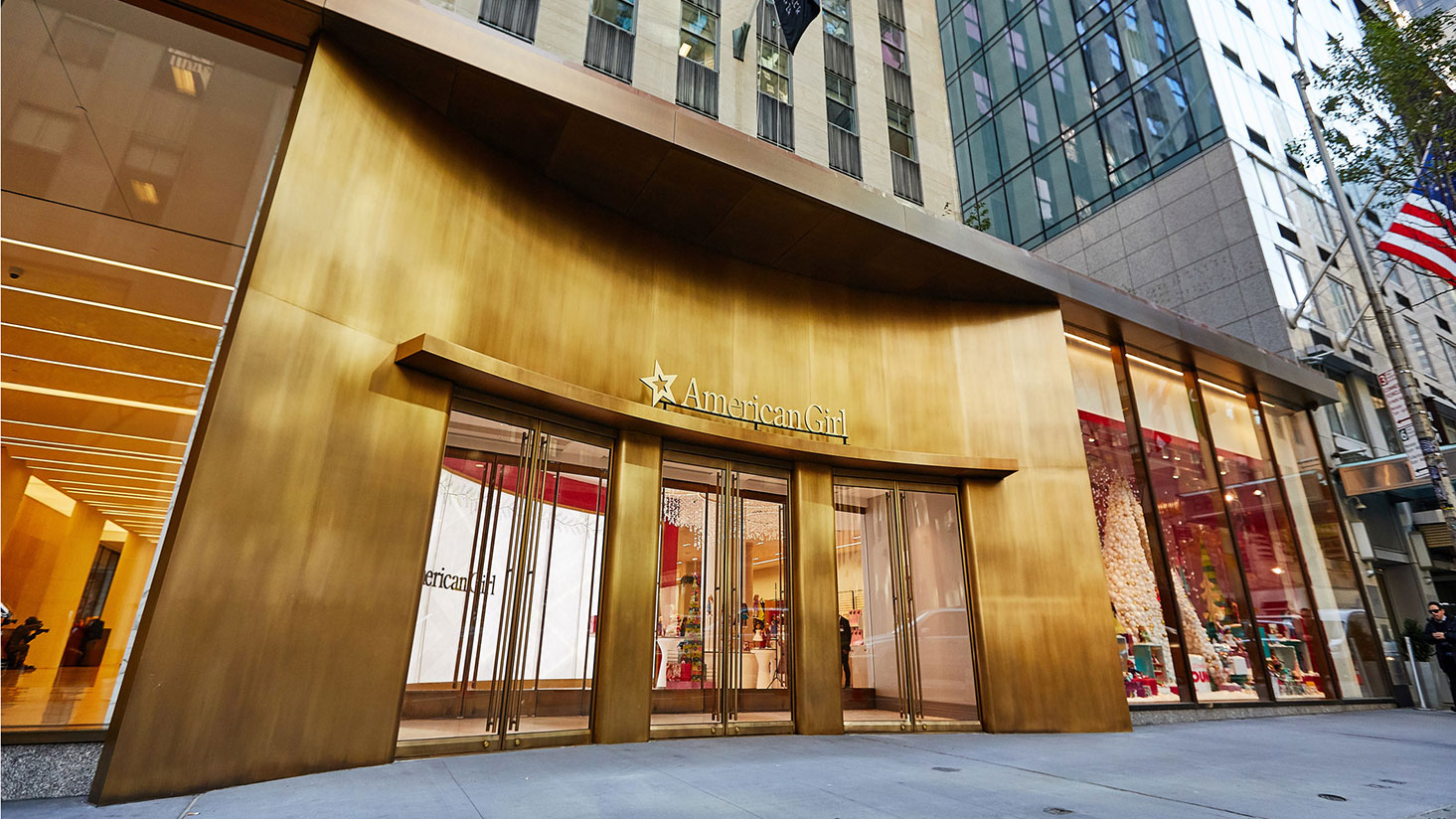 Regency's lighting design lights up childhood dreams at Rockefeller Plaza American Girl store