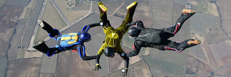 Blog_-_Lightfair_2015_Skydivers_graphic_900x300