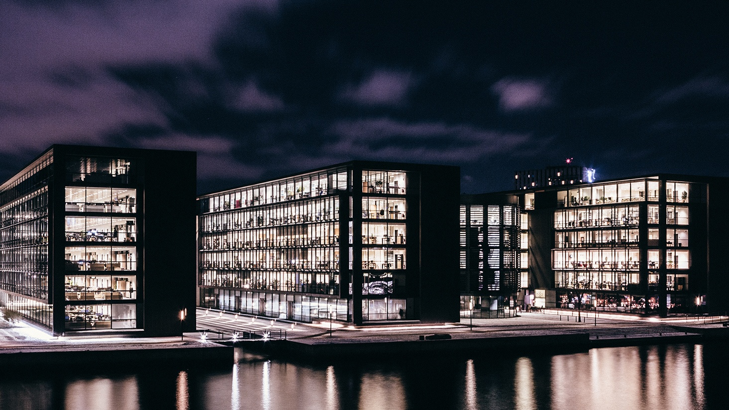 Five questions to ask if you're considering LED lighting for your commercial office