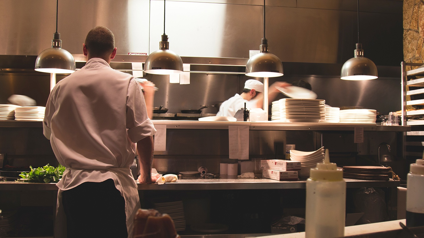 Here's a recipe for restaurant lighting design success